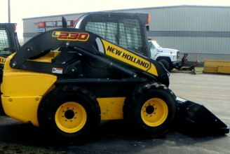NEW HOLLAND L230 Мини-погрузчик